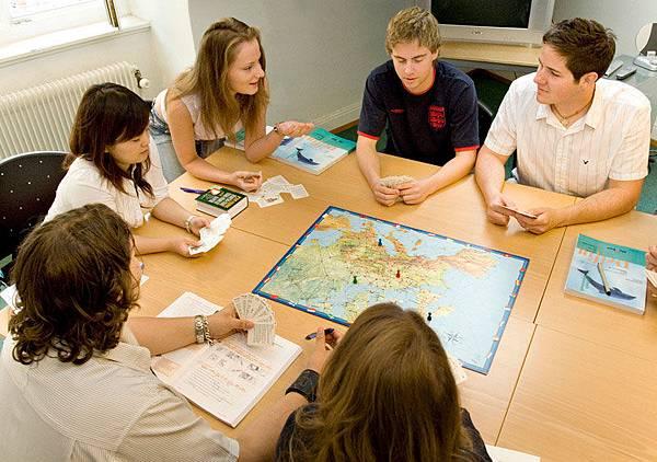 Zur_school_class2.jpg