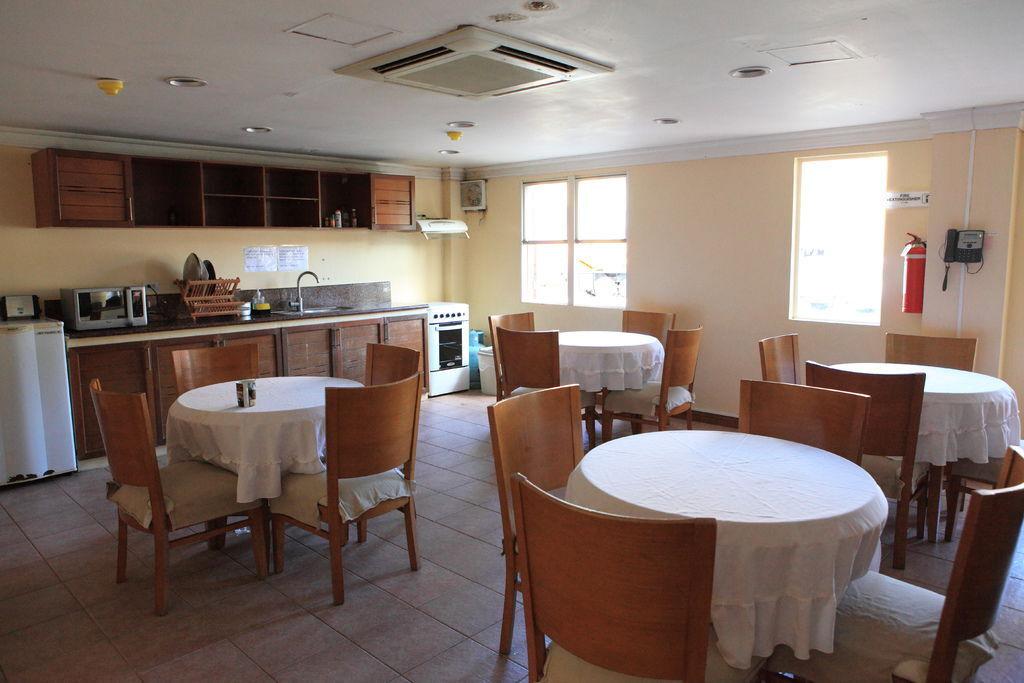 校外宿舍-8  公共廚房
