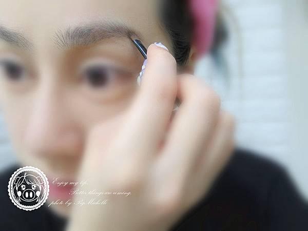 初夏微浪漫妝容 088_副本