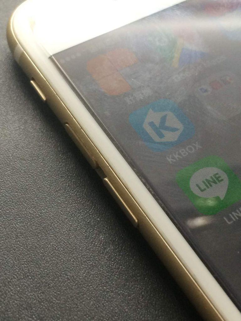 I Phone 6 音量+鍵下陷!?