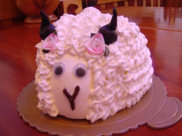 綿羊造形蛋糕