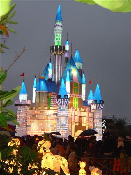 迪士尼城堡花燈