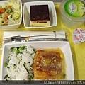 Jet Airways從香港飛往德里班機上的飛機餐,普普通通、有印度味...