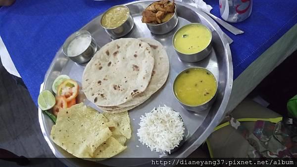 北印度的道地料理Thali.