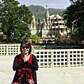 從烏岱普爾前往焦普爾的半途上,安排了一個眾人期待的景點: 耆那教的千柱之廟(Jain Temple Ranakpur)!