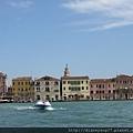看到碼頭岸邊的威尼斯~.JPG