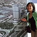 BMW總部大樓的圖~~.JPG