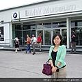 人氣很旺的BMW博物館~~不管是不是車迷都得進去朝聖一下。.JPG