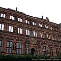 海德堡古堡遺跡,經過戰爭與天災破壞,所以呈現頹圮狀態~~.JPG