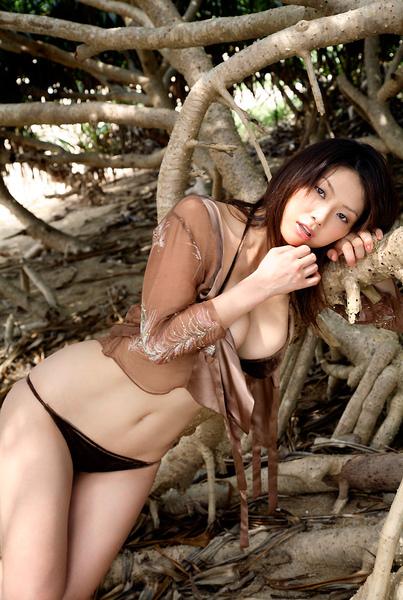 hitomi_touchme_55.jpg