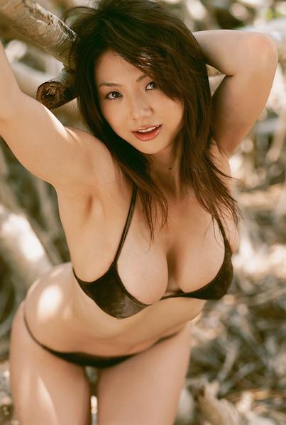 hitomi_touchme_58.jpg