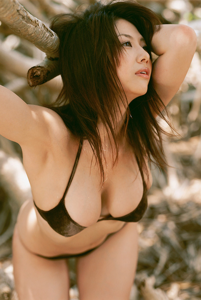 hitomi_touchme_33.jpg