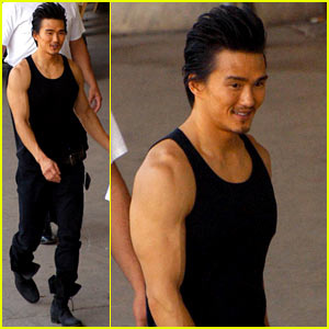 karl-yune-real-steel-muscles.jpg