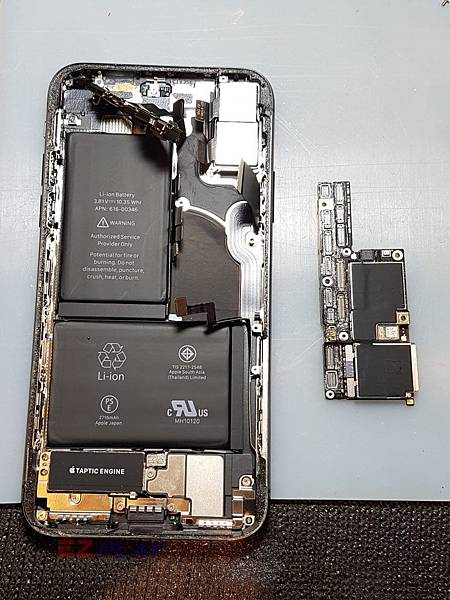 iPhone-X_180616_0010-768x1024.jpg
