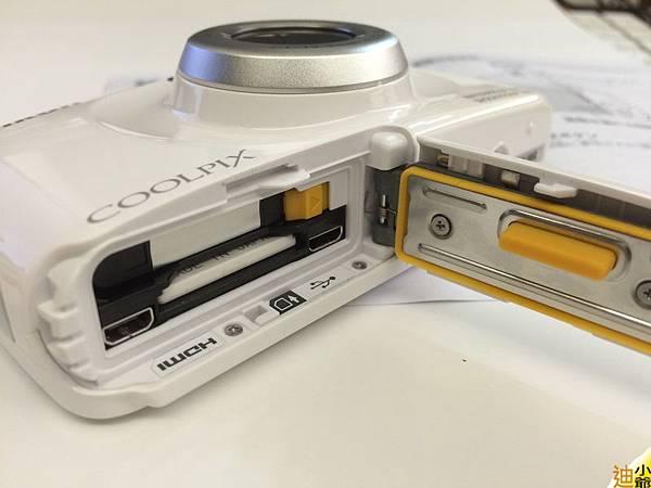 Nikon Coolpix S33 開箱-11