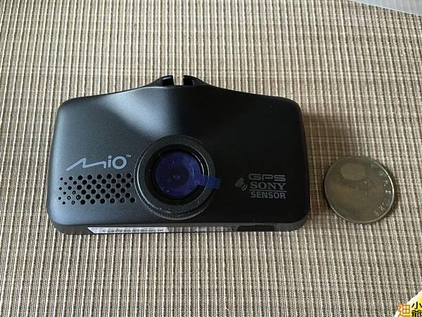 Mio Mivue 688D 前後雙鏡頭 行車紀錄器開箱-7