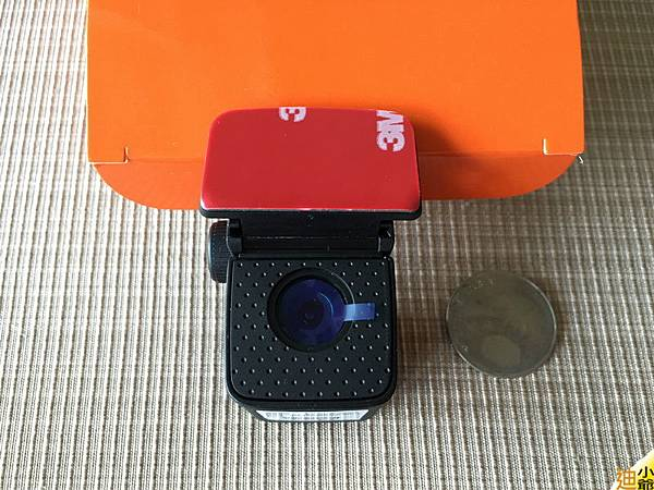 Mio Mivue 688D 前後雙鏡頭 行車紀錄器開箱-12
