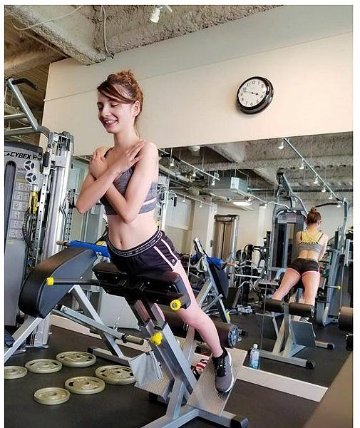 上健身房遇到極品混血妞!一問之下混四國「超強基因組合」比例超完美:人生不公平...|天下現金網|天下運動網