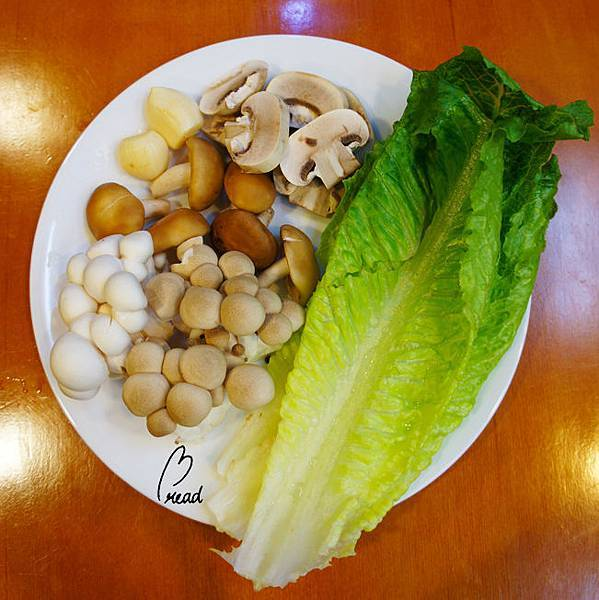 香醋熱炒野菇沙拉-材料