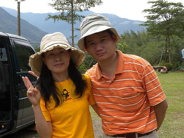 2010/10/09.10新竹五峰哈勇露營區- ~哈勇與春姑築夢的開始-UNRV環球露營 -三隻小豬 之2