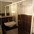 101shd-Bath-A004.jpg