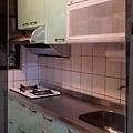 @廚房設計 廚具設計 廚房設計圖 廚房流理台 系統廚具 小套房廚具 廚具工廠直營 一字型廚房設計 作品分享:新北市中和潘公館 不鏽鋼檯面+木心板桶身+水晶門板+喜特麗三機-(17).jpg