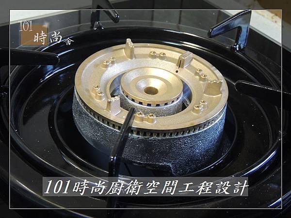 廚房設計一字型  廚具工廠直營 作品分享:竹東謝公館 (27).jpg