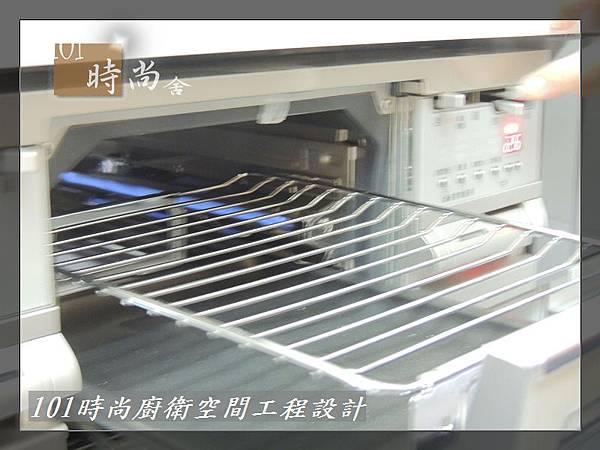 @日本林內原裝進口林內嵌入式內焰瓦斯爐+小烤箱RBG-N71W5GA3X-SV-新北市徐公館(146).JPG