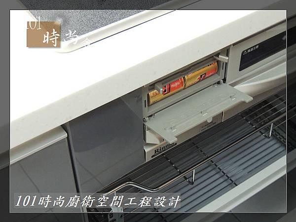 @日本林內原裝進口林內嵌入式內焰瓦斯爐+小烤箱RBG-N71W5GA3X-SV-新北市徐公館(154).JPG