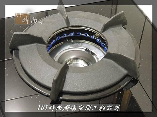 @一字廚房設計 廚具工廠直營  作品分享:汐止朱公館(76).JPG