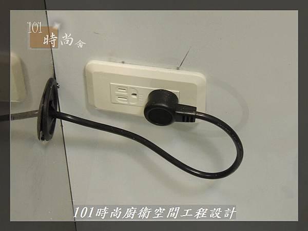 @一字廚房設計 廚具工廠直營  作品分享:汐止朱公館(11).JPG