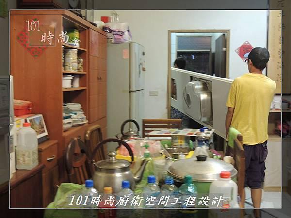 @一字廚房設計 廚具工廠直營  作品分享:汐止朱公館(27).JPG