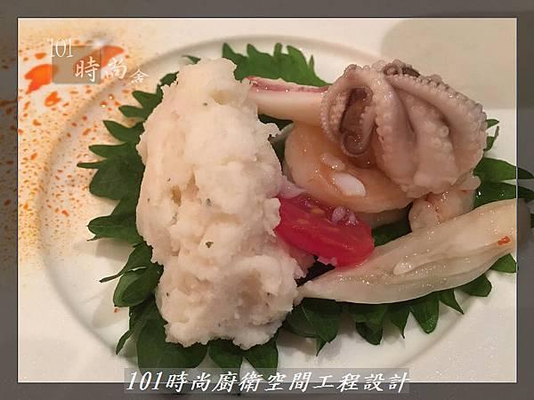 @一字廚房設計 廚具工廠直營  作品分享:汐止朱公館(100).jpg