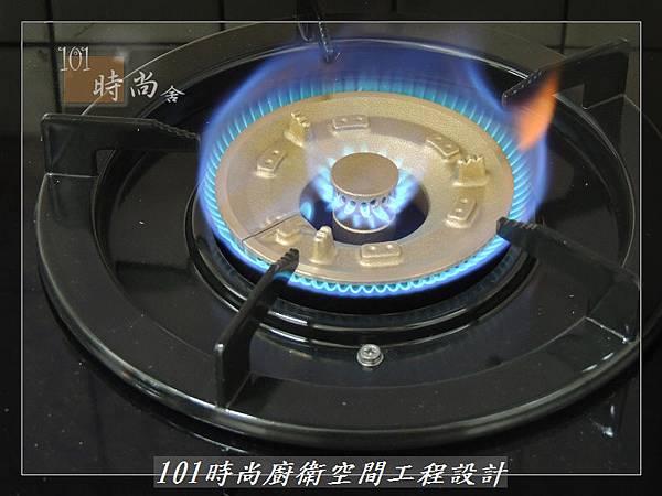 一字型廚房 作品分享:土城陳公館(36).JPG