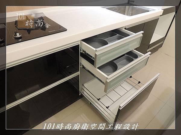 @廚具工廠直營 廚房設計一字型 作品分享:龜山王公館(91).JPG