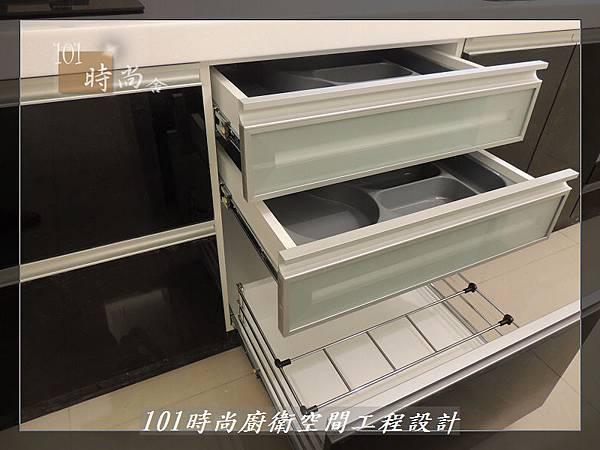 @廚具工廠直營 廚房設計一字型 作品分享:龜山王公館(94).JPG