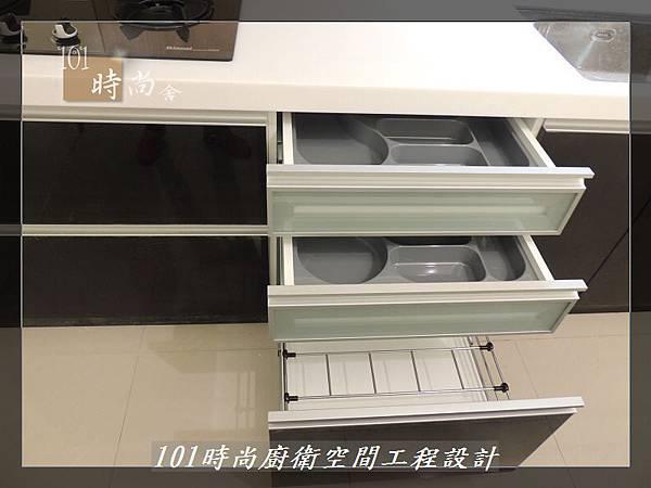 @廚具工廠直營 廚房設計一字型 作品分享:龜山王公館(92).JPG