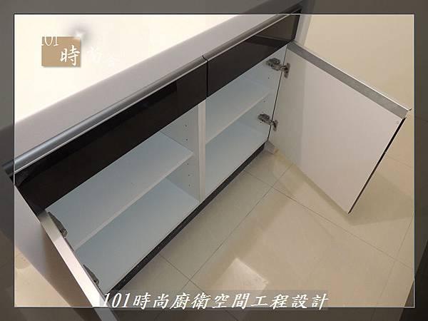@廚具工廠直營 廚房設計一字型 作品分享:龜山王公館(99).JPG