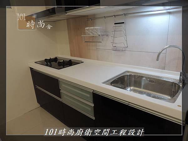 @廚具工廠直營 廚房設計一字型 作品分享:龜山王公館(103).JPG