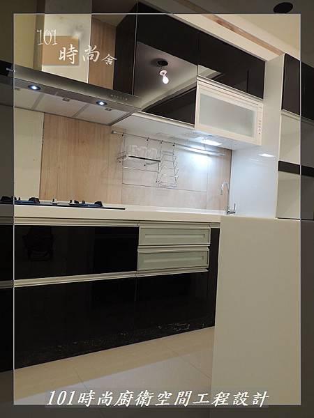 @廚具工廠直營 廚房設計一字型 作品分享:龜山王公館(113).JPG