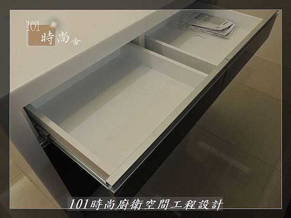 @廚具工廠直營 廚房設計一字型 作品分享:龜山王公館(98).JPG