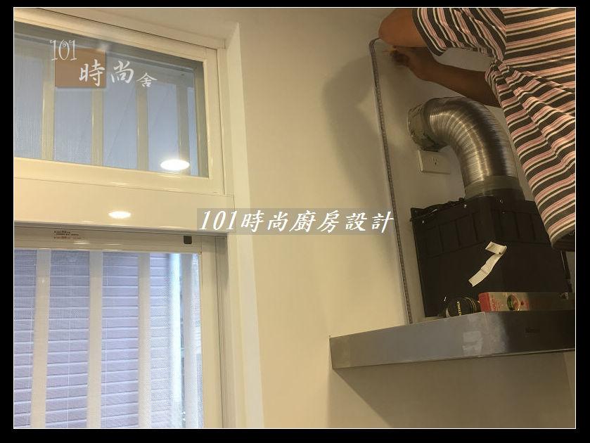 @廚房設計一字型  分享:士林黃公館 (57).JPG