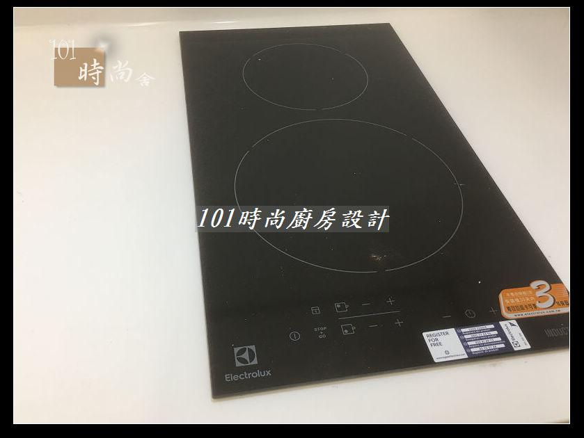 @廚房設計一字型  分享:士林黃公館 (72).JPG