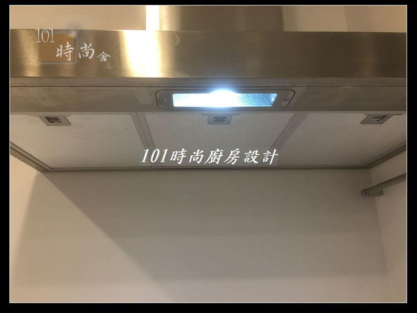 @廚房設計一字型  分享:士林黃公館 (96).JPG