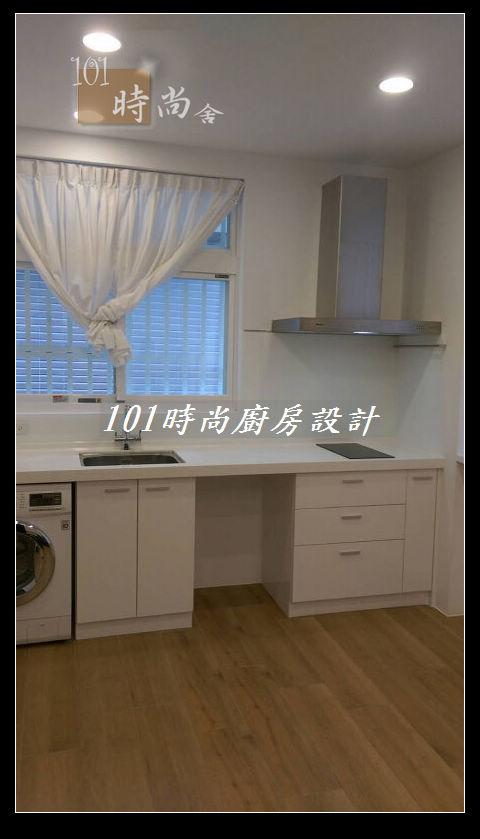 @廚房設計一字型  分享:士林黃公館 (107).JPG