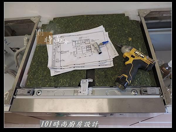 @二字型廚房設計 不鏽鋼檯面+中島櫃 廚具工廠直營 作品分享:政大二街(28).jpg