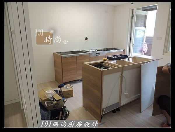 @二字型廚房設計 不鏽鋼檯面+中島櫃 廚具工廠直營 作品分享:政大二街(32).jpg