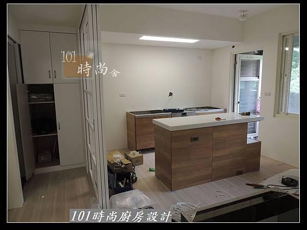 @二字型廚房設計 不鏽鋼檯面+中島櫃 廚具工廠直營 作品分享:政大二街(44).jpg