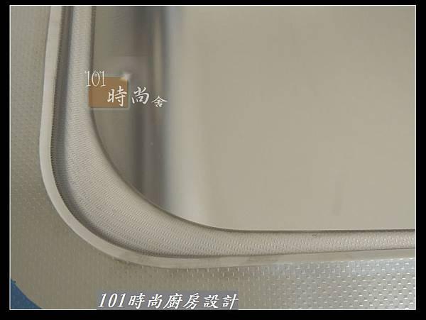 @二字型廚房設計 不鏽鋼檯面+中島櫃 廚具工廠直營 作品分享:政大二街(50).jpg