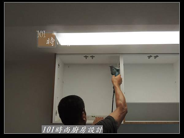 @二字型廚房設計 不鏽鋼檯面+中島櫃 廚具工廠直營 作品分享:政大二街(57).jpg